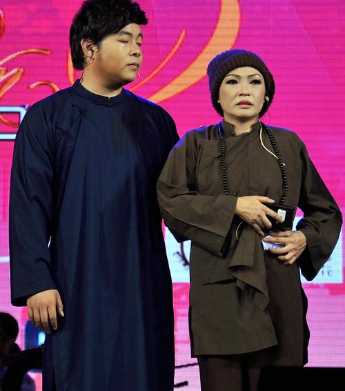 Phương Thanh nức nở bên Quang Lê - 11