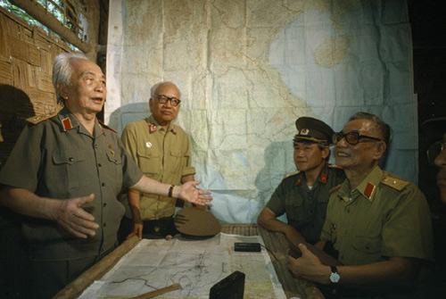 """Nghe """"Chiến thắng Điện Biên"""" nhớ Tướng Giáp - 6"""