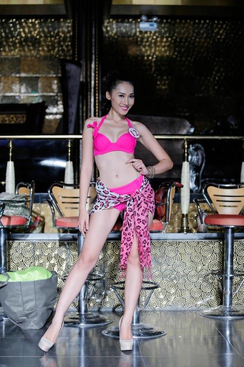 Ứng viên Siêu mẫu Việt Nam lộ bụng mỡ - 15