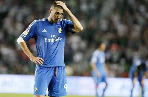 Real: Benzema sẽ ra đi bằng cửa hậu - 2