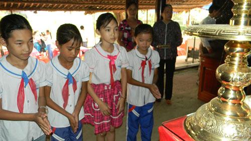 Người Quảng Bình nghiêng mình trước di ảnh Tướng Giáp - 3