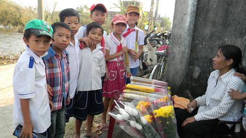Người Quảng Bình nghiêng mình trước di ảnh Tướng Giáp - 5