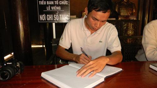 Người Quảng Bình nghiêng mình trước di ảnh Tướng Giáp - 6