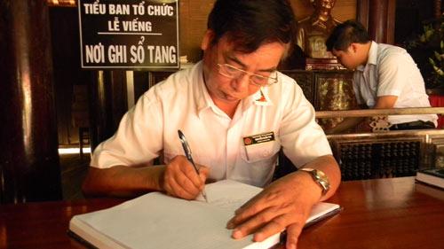 Người Quảng Bình nghiêng mình trước di ảnh Tướng Giáp - 7