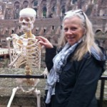 Phi thường - kỳ quặc - Đi du lịch cùng... bộ xương