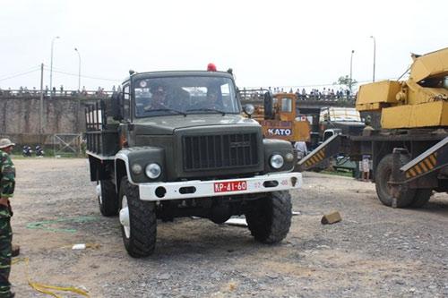 Tàu đặc biệt chở nắp mộ Đại tướng đã tới QB - 14
