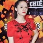 Sao ngoại-sao nội - Hương Giang Idol kín đáo nữ tính