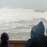Siêu bão mới sẽ vào biển Đông