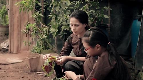 """""""Chao đảo"""" MV mới Phương Mỹ Chi - 1"""