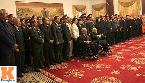 TP.HCM tổ chức viếng Đại tướng Võ Nguyên Giáp - 8
