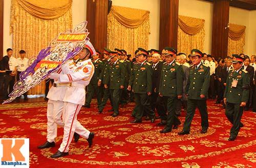 TP.HCM tổ chức viếng Đại tướng Võ Nguyên Giáp - 9