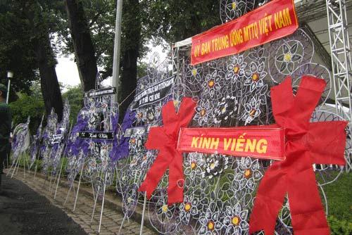 TP.HCM tổ chức viếng Đại tướng Võ Nguyên Giáp - 6