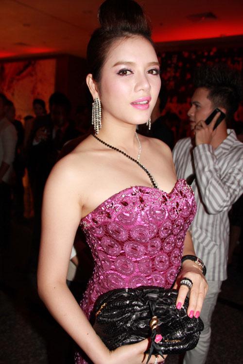 """5 """"quý cô tiền tỷ"""" của showbiz Việt - 23"""