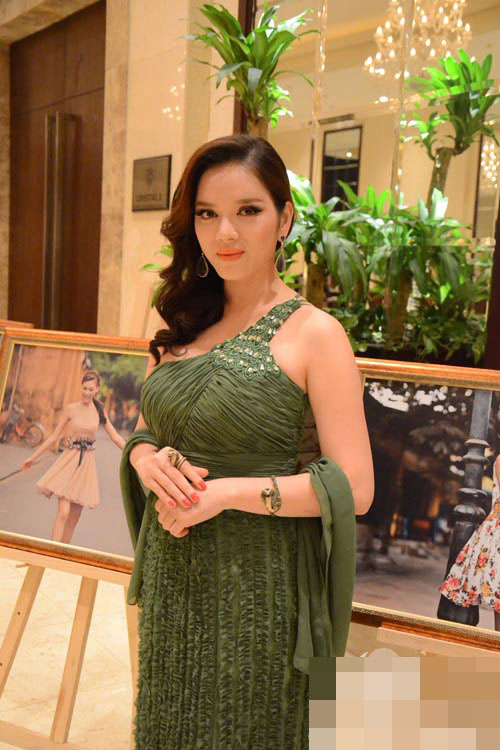 """5 """"quý cô tiền tỷ"""" của showbiz Việt - 26"""