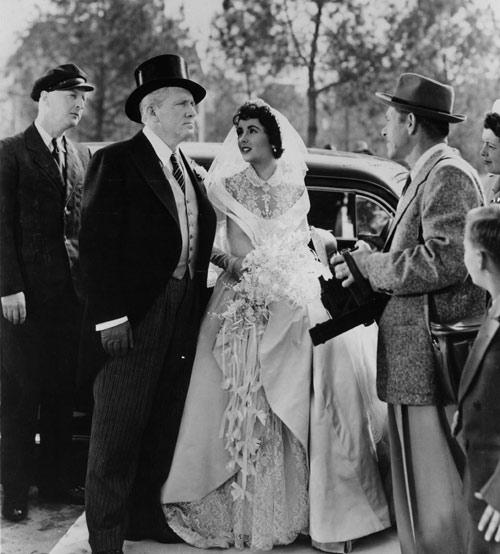 Những bộ váy cưới nổi tiếng nhất màn bạc - 2