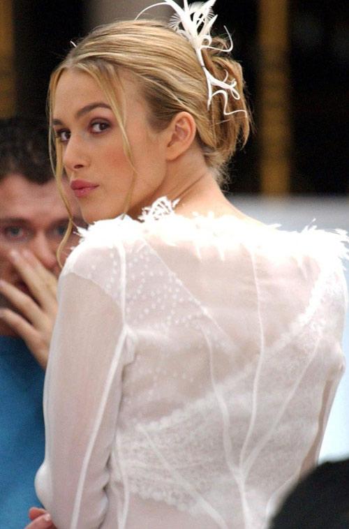 Những bộ váy cưới nổi tiếng nhất màn bạc - 16