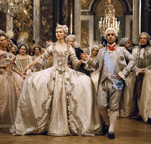 Những bộ váy cưới nổi tiếng nhất màn bạc - 17