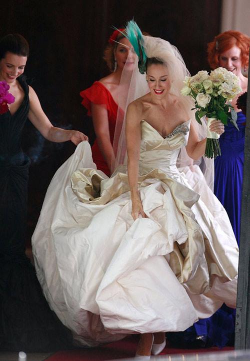 Những bộ váy cưới nổi tiếng nhất màn bạc - 18