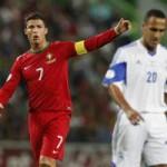 Bóng đá - Nổi cáu, Ronaldo tung cước vào đối thủ