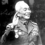 Tin tức trong ngày - Nước mắt trong sổ tang Đại tướng Võ Nguyên Giáp