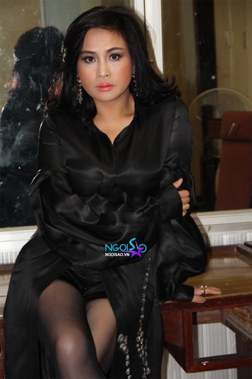 """Diva Thanh Lam mất điểm vì """"hoa lá cành"""" - 6"""