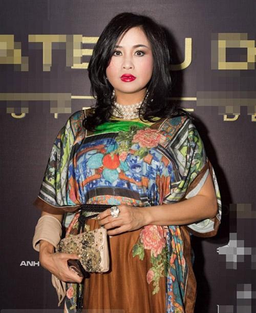 """Diva Thanh Lam mất điểm vì """"hoa lá cành"""" - 15"""