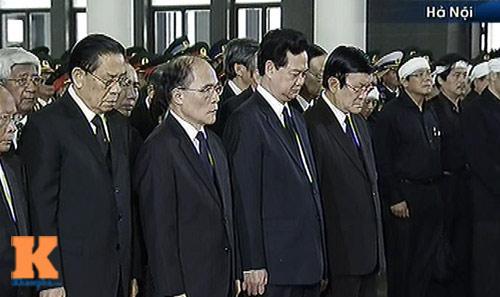 Toàn cảnh Lễ truy điệu Đại tướng Võ Nguyên Giáp - 12
