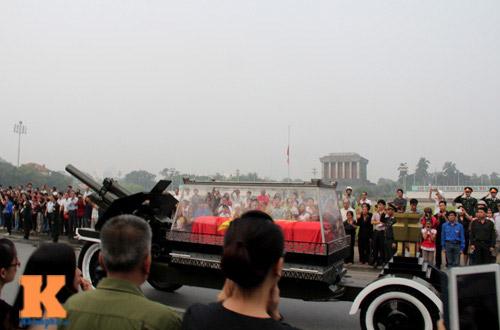 Toàn cảnh Lễ truy điệu Đại tướng Võ Nguyên Giáp - 19