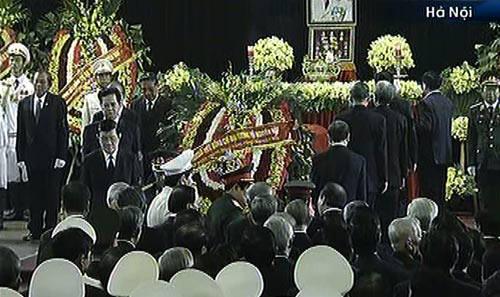 Toàn cảnh Lễ truy điệu Đại tướng Võ Nguyên Giáp - 14