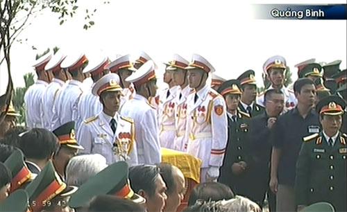 Toàn cảnh Lễ an táng Đại tướng Võ Nguyên Giáp - 15