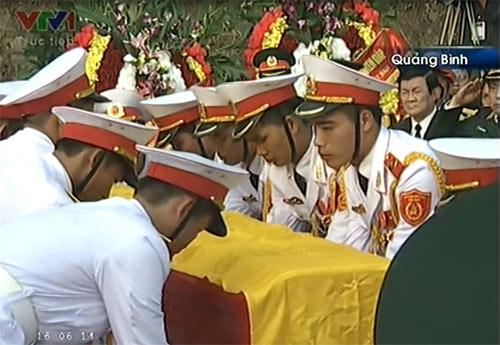 Toàn cảnh Lễ an táng Đại tướng Võ Nguyên Giáp - 16