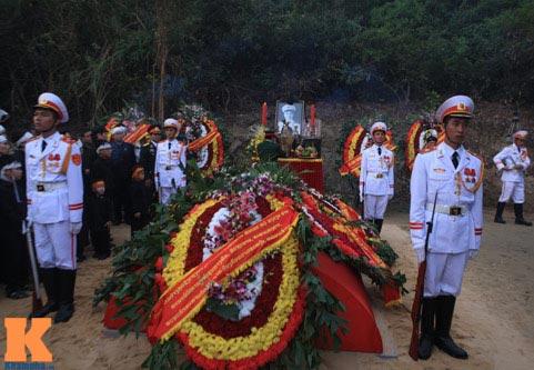 Toàn cảnh Lễ an táng Đại tướng Võ Nguyên Giáp - 25
