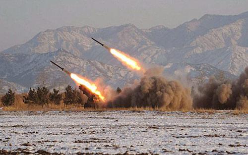 """Triều Tiên chế tên lửa """"không thể đánh chặn"""" - 1"""