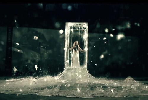 Sốt với MV mới của Đinh Hương - 14