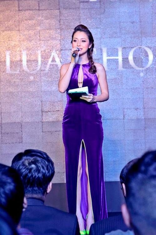 9 chiếc váy níu mắt mày râu Việt - 11