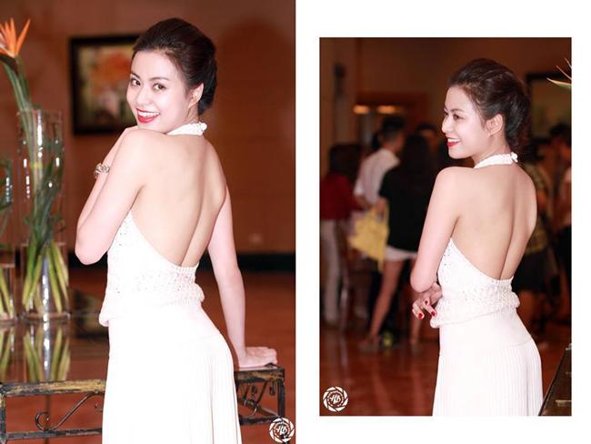 Hoàng Thùy Linh tự tin tạo dáng, khoe tấm lưng trần nuột nà trong buổi ra mắt MV Last time