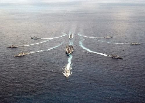 Báo Nga: Đánh Mỹ, hải quân TQ sẽ trắng tay - 1