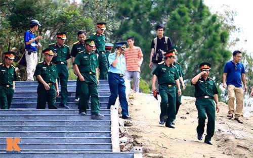 Người dân viếng mộ Đại tướng sau ngày an táng - 5