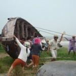 Tin tức trong ngày - Miền Trung: Sơ tán 155.000 dân tránh bão
