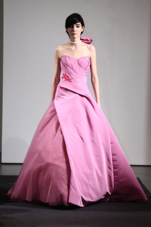 Nụ hồng chớm nở của Vera Wang - 15