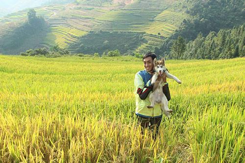 Chú chó theo chủ phượt khắp Hà Giang - 1