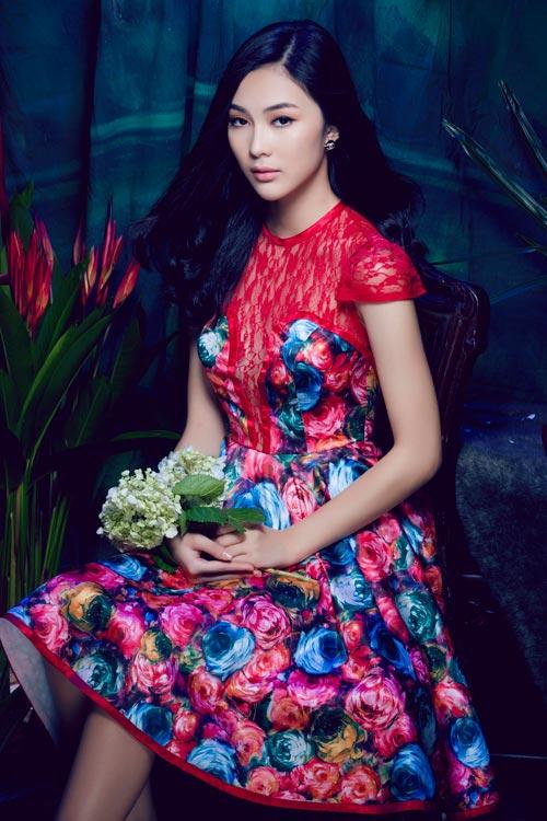 Hot girl Việt gợi cảm cùng cỏ hoa - 9