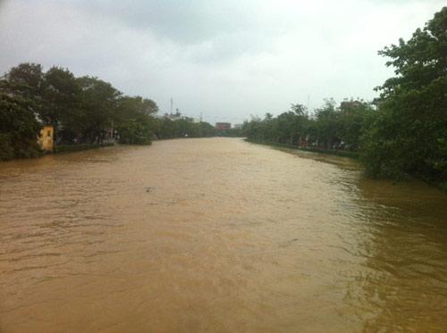 Thừa Thiên Huế: Nước sông Hương dâng cao - 7