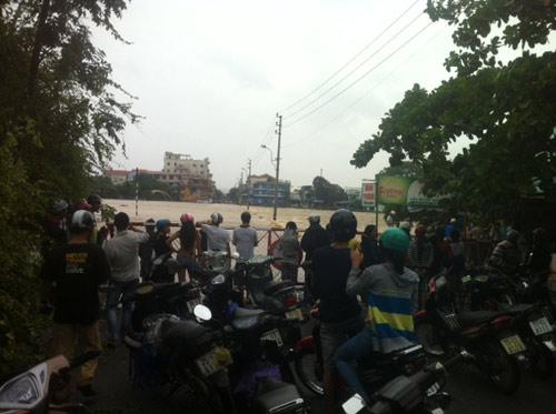Thừa Thiên Huế: Nước sông Hương dâng cao - 15