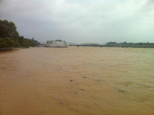 Thừa Thiên Huế: Nước sông Hương dâng cao - 9