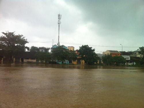 Thừa Thiên Huế: Nước sông Hương dâng cao - 12