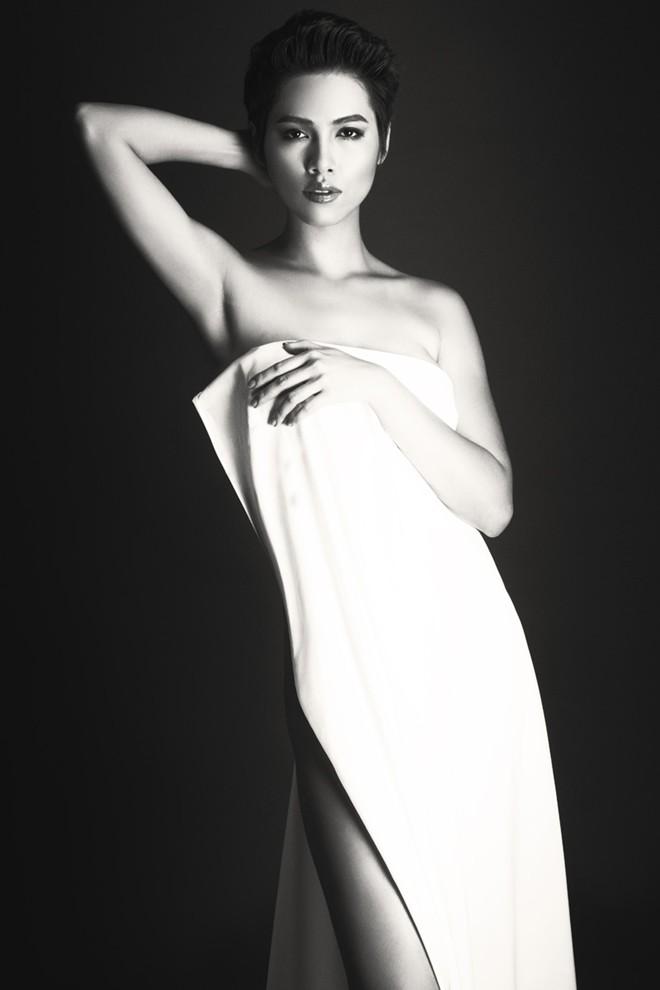 Á hậu Hoàng My: Sau bán nude là nội y! - 3