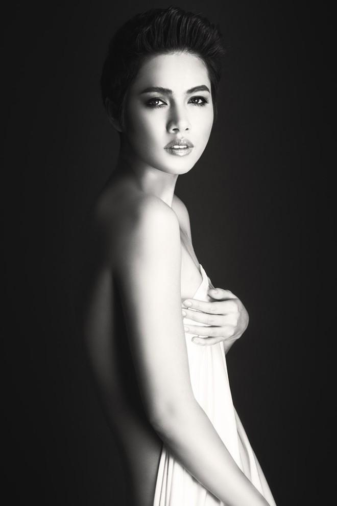 Á hậu Hoàng My: Sau bán nude là nội y! - 5