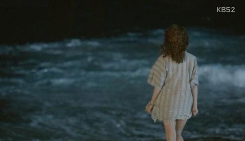 """Yoon Eun Hye quay cảnh """"tắm tiên"""" - 2"""