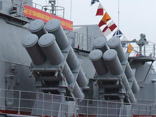 Cận cảnh tàu Pháo-Tên lửa vừa ra mắt của VN - 3